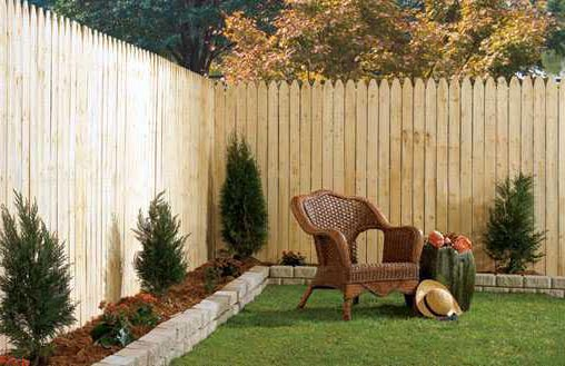 TRELORA Wood vs Chain Link Fence - Wood