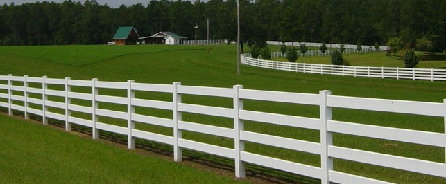 Why a Vinyl Fence is Easy to Maintain